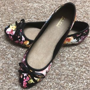 NWOT BASIC EDITIONS  Floral Flats